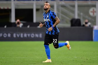 MILAN, ITALY - SEPTEMBER 26: Arturo Vidal of FC Internazionale  during the Italian Serie A   match between Internazionale v Fiorentina at the San Siro on September 26, 2020 in Milan Italy (Photo by Mattia Ozbot/Soccrates/Getty Images)