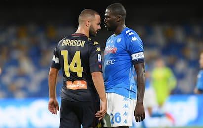 Serie A, Genoa con 14 positivi al Covid: domani tamponi ai tesserati