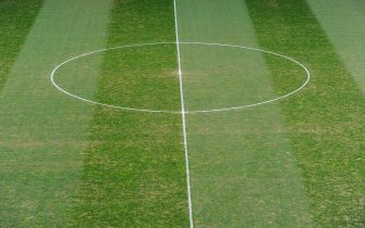 GELSENKIRCHEN, GERMANY - APRIL 03:  A view of the damaged pitch and worn grass at the Veltins Arena before the start of the Bundesliga match between FC Schalke 04 and FC Bayern Muenchen at the Veltins Arena on April 3, 2010 in Gelsenkirchen, Germany.  (Photo by Stuart Franklin/Bongarts/Getty Images)