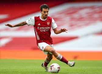 epa08720140 Dani Ceballos of Arsenal FC in action during the English Premier League match between Arsenal London and Sheffield United in London, Britain, 04 October 2020.  EPA/Clive Rose / POOL EDITORIAL USE ONLY. No use with unauthorized audio, video, data, fixture lists, club/league logos or 'live' services. Online in-match use limited to 120 images, no video emulation. No use in betting, games or single club/league/player publications.