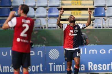 Cagliari-Crotone 4-2: la cronaca della partita di Serie A