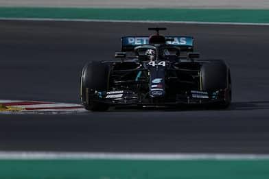 F1, GP Portogallo 2020: le Mercedes partono in testa, Leclerc quarto