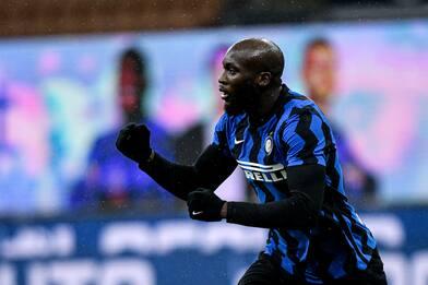 Serie A, Inter-Bologna 3-1: Lukaku e doppietta di Hakimi