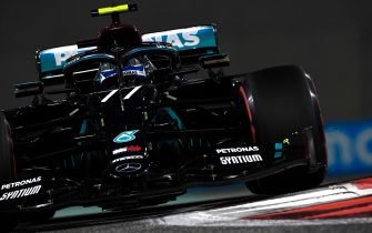 epa08879479 A handout photo made available by the FIA of Finnish Formula One driver Valtteri Bottas of Mercedes-AMG Petronas in action during the qualifying session of the Formula One Grand Prix of Abu Dhabi at Yas Marina Circuit in Abu Dhabi, United Arab Emirates, 12 December 2020. The Formula One Grand Prix of Abu Dhabi will take place on 13 December 2020.  EPA/FIA/F1 HANDOUT  HANDOUT EDITORIAL USE ONLY/NO SALES *** Local Caption *** BAHRAIN, BAHRAIN - NOVEMBER 26: <<enter caption here>> during previews ahead of the F1 Grand Prix of Bahrain at Bahrain International Circuit on November 26, 2020 in Bahrain, Bahrain. (Photo by Rudy Carezzevoli/Getty Images)
