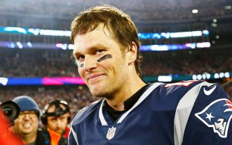 epa08375461 (FILE) - New England Patriots quarterback Tom Brady reacts after defeating the Jacksonville Jaguars in the AFC Championship game in Foxborough, Massachusetts, USA, 21 January 2018 (re-issued on 21 April 2020). Six-time Super Bowl winner Tom Brady was asked to leave a park in Tampa, Florida, that is closed due of the ongoing coronavirus COVID-19 pandemic, media reports claimed on  21 April 2020.  EPA/CJ GUNTHER *** Local Caption *** 55959681