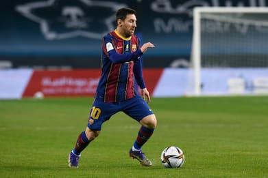Calcio, Messi non rinnova con il Barcellona