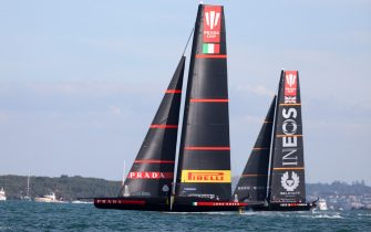AUCKLAND, NEW ZEALAND - FEBRUARY 21:  Prada Luna Rossa in action during race eight of the 2021 Prada Cup Final against INEOS Team UK on Auckland Harbour on February 21, 2021 in Auckland, New Zealand. (Photo by Fiona Goodall/Getty Images)
