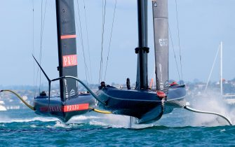 INEOS Team UK (R) competes against Luna Rossa Prada Pirelli on day four, race eight of the final of the Prada Cup 2021, the challengers series of the 36th America's Cup in Auckland on February 21, 2021. (Photo by Gilles Martin-Raget / AFP) (Photo by GILLES MARTIN-RAGET/AFP via Getty Images)