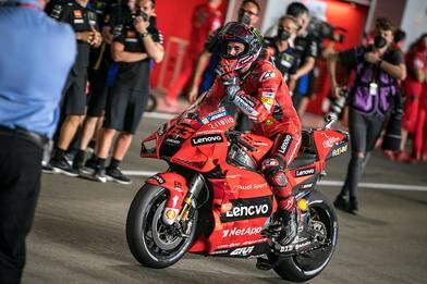 Moto Gp Qatar, le qualifiche: pole di Bagnaia, Rossi al quarto posto