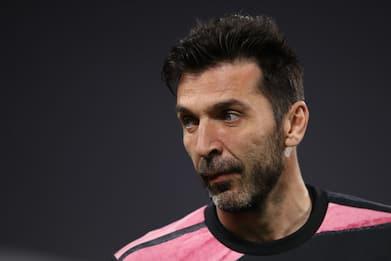 Calcio, Buffon annuncia l'addio alla Juventus a fine stagione