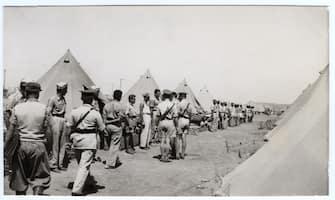 Camp de Zonderwater. Inspection.