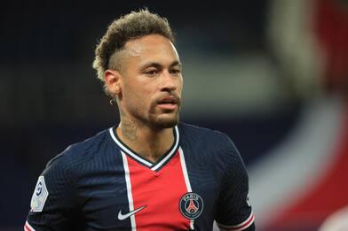 Nike lasciò Neymar per le accuse di abusi sessuali su una dipendente