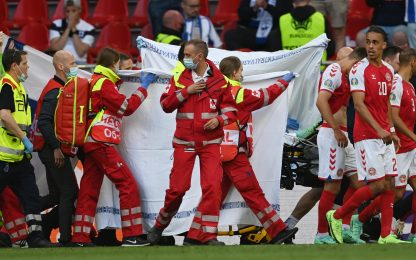 Euro 2020, malore per Eriksen durante Danimarca-Finlandia
