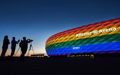 """Europei, Uefa dice no a stadio Monaco """"arcobaleno"""", la città s'indigna"""