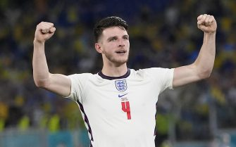 epa09321560 Declan Rice of England celebrates after the UEFA EURO 2020 quarter final match between Ukraine and England in Rome, Italy, 03 July 2021.  EPA/Alessandra Tarantino / POOL (RESTRICTIONS: For editorial news reporting purposes only. Images must appear as still images and must not emulate match action video footage. Photographs published in online publications shall have an interval of at least 20 seconds between the posting.)