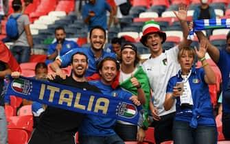 Tifosi dell'Italia a Wembley prima del fischio d'inizio della finale