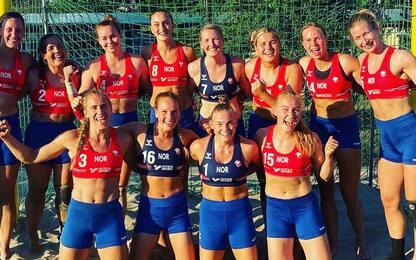 Non indossano il bikini: nazionale norvegese di pallamano multata
