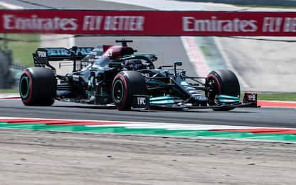 F1, qualifiche GP Ungheria: Hamilton in pole, Verstappen terzo. VIDEO