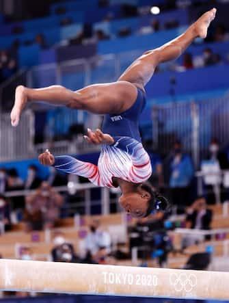 Un esercizio di Simon Biles alle Olimpiadi di Tokyo