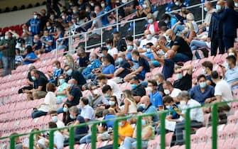 Gente allo stadio