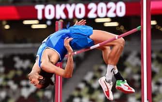 Gianmarco Tamberi impegnato nella finale del salto in alto alle Olimpiadi di Tokyo