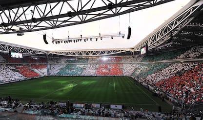 Stadi, il 61% dei tifosi li vuole di proprietà: l'indagine di YouGov