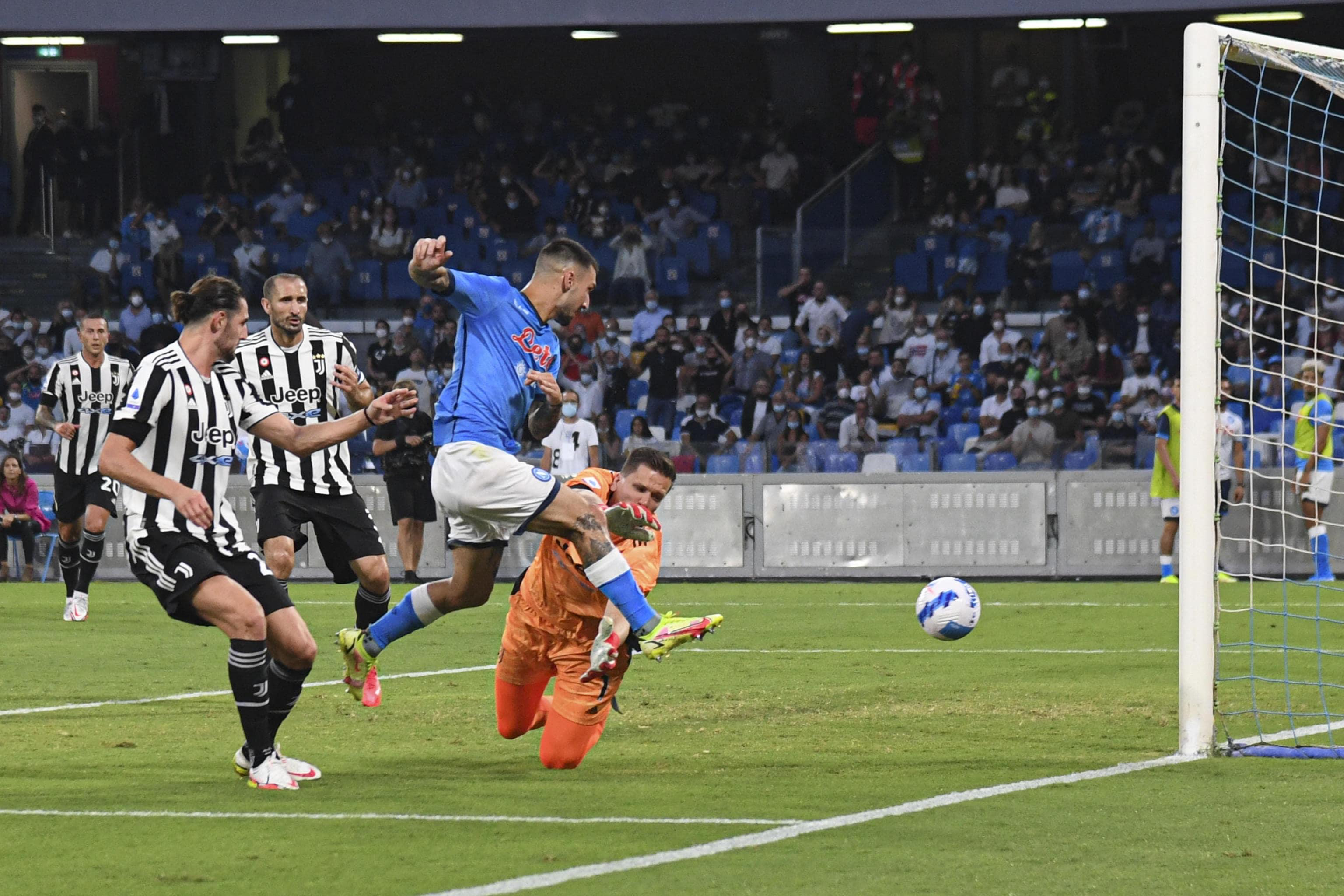 Serie A: Empoli - Venezia 1 - 2, Napoli - Juventus 2 - 1 e Atalanta -  Fiorentina 1 - 2.