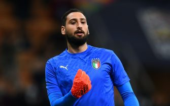 MILAN, ITALY - OCTOBER 06: Gianluigi Donnarumma of Italy warms up ahead before the UEFA Nations League 2021 Semi-final match between Italy and Spain at Giuseppe Meazza Stadium on October 06, 2021 in Milan, Italy. (Photo by Claudio Villa/Getty Images)