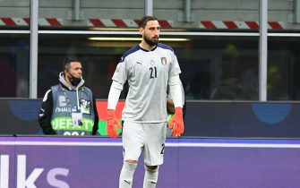 MILAN, ITALY - OCTOBER 06: Gianluigi Donnarumma of Italy in action during the UEFA Nations League 2021 Semi-final match between Italy and Spain at Giuseppe Meazza Stadium on October 06, 2021 in Milan, Italy. (Photo by Claudio Villa/Getty Images)