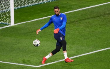 MILAN, ITALY - OCTOBER 06: Gianluigi Donnarumma of Italy warms up prior to the UEFA Nations League 2021 Semi-final match between Italy and Spain at San Siro Stadium on October 06, 2021 in Milan, Italy. (Photo by Marco Bertorello - Pool/Getty Images)