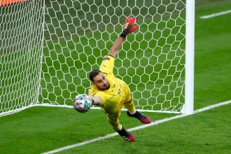 LONDON, ENGLAND - JULY 11: (BILD ZEITUNG OUT) Gianluigi Donnarumma of Italy controls the ball during the UEFA Euro 2020 Championship Final between Italy and England at Wembley Stadium on July 11, 2021 in London, United Kingdom. (Photo by Matteo Ciambelli/DeFodi Images via Getty Images)
