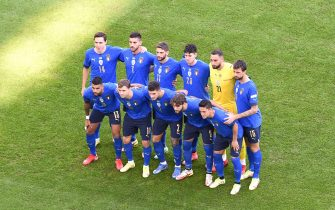 TURIN, ITALY - OCTOBER 10: Players of Italy pose for a team photograph prior to the UEFA Nations League 2021 Third Place Match between Italy and Belgium at Juventus Stadium on October 10, 2021 in Turin, Italy. (Photo by Massimo Rana - Pool/Getty Images)