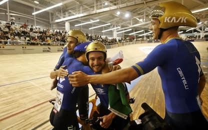 Mondiali ciclismo su pista, Italia oro nell'inseguimento a squadre