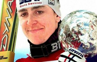 VAIL, UNITED STATES:  Deborah Compagnoni of Italy holds the crystal globe she won for the women's Giant Slalom season overall title during a ceremony at the World Cup Ski Finals in Vail 15 March.  (ELECTRONIC IMAGE) (Photo credit should read JEFF HAYNES/AFP via Getty Images)