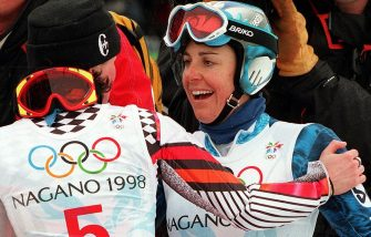 Italy's Deborah Compagnoni (R) is congratulated by Austria's Alexandra Meissnitzer after the Olympic Women's Giant Slalom at Mt. Higashidate in Shigakogen 20 February. Compagnoni won the gold and Meissnitzer the silver.    AFP PHOTO  Pascal PAVANI (Photo credit should read PASCAL PAVANI/AFP via Getty Images)