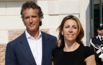 VENICE, ITALY - JUNE 04:  Alessandro Benetton (L) and Deborah Compagnoni attend the opening of the new Contemporary Art Centre - Francois Pinault Foundation on June 4, 2009 in Venice, Italy.  (Photo by Vittorio Zunino Celotto/Getty Images)