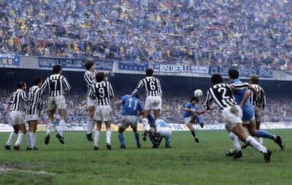 Maradona e il Napoli: gol, scudetti e momenti memorabili