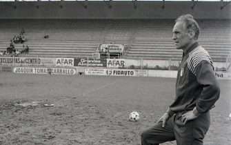 An archive image of Italy's 1982 World Cup-winning coach Enzo Bearzot (right), who died Tuesday December 21 2010 aged 83.ANSA ARCHIVO