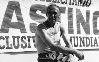 ©LapresseArchivio storicosportcalcioanni '80Enzo Bearzotnella foto: il tecnico della Nazionale di calcio vittoriosa ai Mondiali del 1982 Enzo Bearzot in campoB 3194
