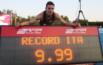 Italian athlete Filippo Tortu celebrates his victory and a new Italian record on the 100 meters trial at the Meeting Madrid 2018 competition held at Moratalaz Sports Center in Madrid, Spain, 22 June 2018.  ANSA/JUANJO MARTIN