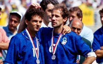PASADENA, CA - JULY 17: Roberto Baggio #10 and Franco Baresi of Italy show their dejection after losing the match during the Final FIFA World Cup 1994 match between Brazil and Italy at Rose Bowl on July 17, 1994 in Pasadena, United States.  (Photo by Alessandro Sabattini/Getty Images)