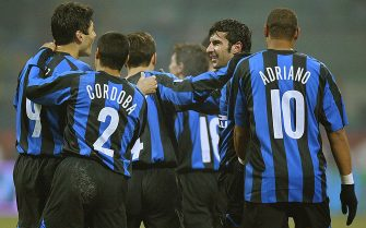 MILAN, Italy:  Inter Milan's forward Ricardo Cruz of Argentina (R) is congratulated by his teammate and midfielder Luis Figo of Portugal (2ndL) after scoring against Palermo during their italian serie A football match at San Siro stadium in Milan, 21 January 2006. AFP PHOTO / GIUSEPPE CACACE ...  (Photo credit should read GIUSEPPE CACACE/AFP via Getty Images)