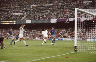 BARCELONA, SPAIN - MAY 24:  Ruud Gullit (centre) of AC Milan scores his first goal during the European Cup Final against Steaua Bucharest at the Nou Camp Stadium in Barcelona, Spain. AC Milan won the match 4-0. (Photo by Simon Bruty/Allsport/ Getty Images)
