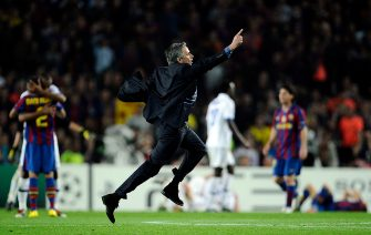 Inter Milan's Portuguese  coach Jose Mourinho celebrates after winning the UEFA Champions League semi-final second leg football match Barcelona vs Inter Milan on April 28, 2010 at the Camp Nou stadium in Barcelona. Milan reached the Champions League final beating Barcelona 3-2 on aggregate in their semi-final despite losing the second leg 1-0.  AFP PHOTO / FILIPPO MONTEFORTE (Photo credit should read FILIPPO MONTEFORTE/AFP via Getty Images)