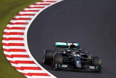 F1, è ufficiale: cancellato Gp Giappone a causa dell'emergenza Covid