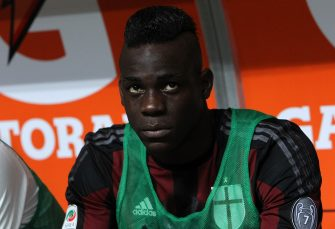 MILAN, ITALY - AUGUST 29:  Mario Balotelli of AC Milan looks on before the Serie A match between AC Milan and Empoli FC at Stadio Giuseppe Meazza on August 29, 2015 in Milan, Italy.  (Photo by Marco Luzzani/Getty Images)