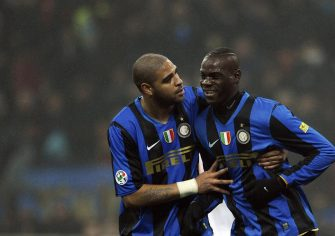 Inter Milan's Marco Balotelli (L) celebrates with teammate Adriano after scoring to AS Roma during their Series A football match at Milan's San Siro Stadium on February 29 2009.    AFP PHOTO/ Filippo MONTEFORTE (Photo credit should read FILIPPO MONTEFORTE/AFP via Getty Images)