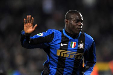 Inter Milan's forward Mario Balotelli celebrates after scoring a goal against Juventus during their Italian Serie A football match on April 18, 2009 at the Olympic Stadium in Turin.     AFP PHOTO / GIUSEPPE CACACE (Photo credit should read GIUSEPPE CACACE/AFP via Getty Images)