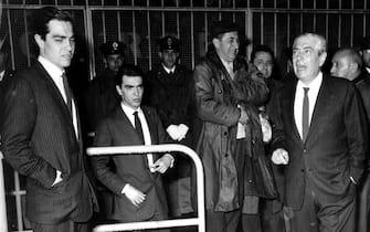 © Publifoto/LaPresse20-04-1966 Milano, ItaliaCalcioInter-Real Madrid semifinale Coppa dei CampioniNella foto: il presidente ANGELO MORATTI coi figli Gianmarco e Massimo.