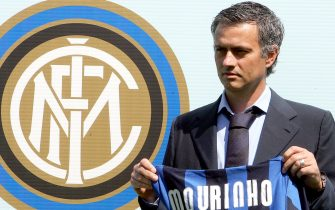 20080603 - APPIANO GENTILE (CO) - SPO - PRESENTAZIONE JOSE' MOURINHO Il nuovo allenatore dell'Inter, Josè Mourinho, questa mattina presso il centro sportivo Angelo Moratti, in occasione della sua prima conferenza stampa come allenatore dei neroazzurri. ANSA / MATTEO BAZZI